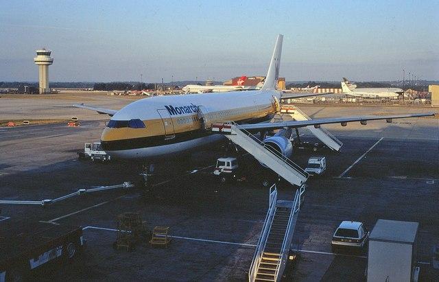 Gatwick Airport North Terminal Postcode >> Gatwick airport, 1990 © Derek Harper :: Geograph Britain and Ireland