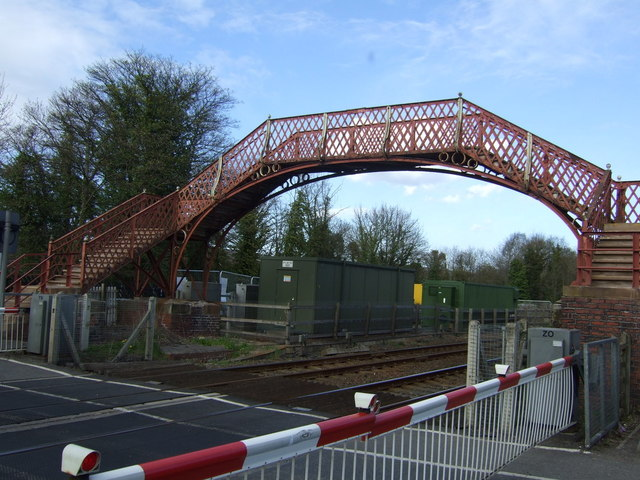 Footbridge, Wylam Station