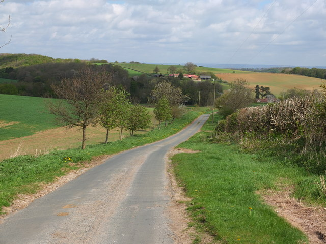 The view down New Road towards Sawmill Cottage