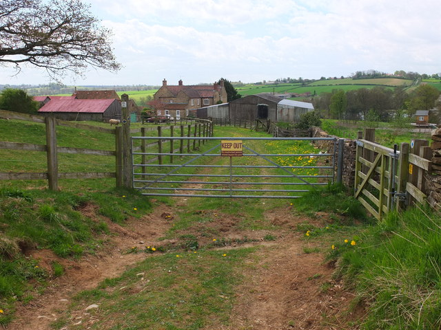 Looking south towards Rose Cottage Farm