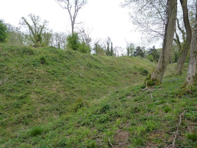 Stokeleigh Iron Age Camp