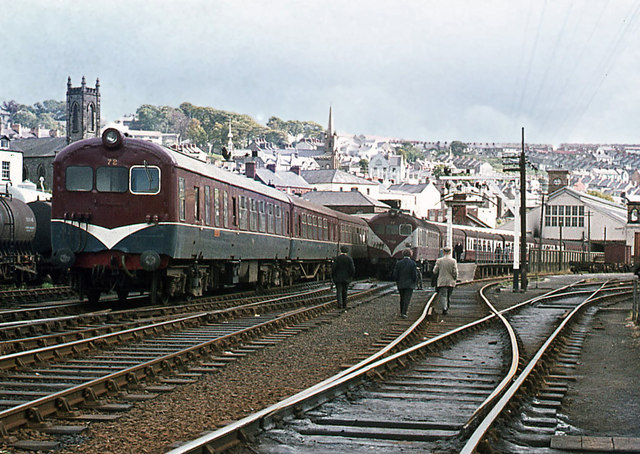 Two 70-class sets - Waterside station © The Carlisle Kid ...