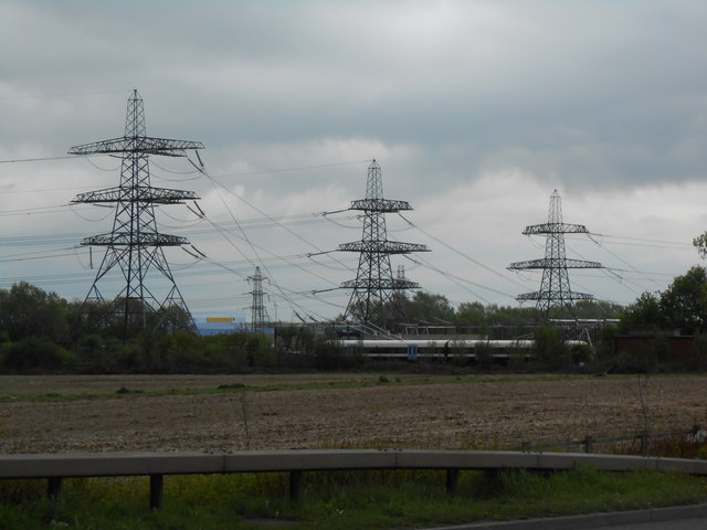 Terminal Pylons At Kemsley Substation  U00a9 Danny P Robinson