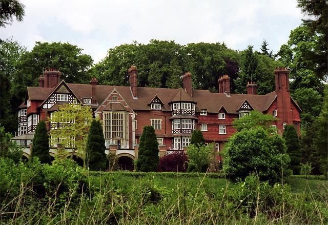 Snowdenham Hall, Bramley