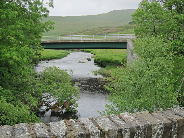 New bridge viewed from old bridge