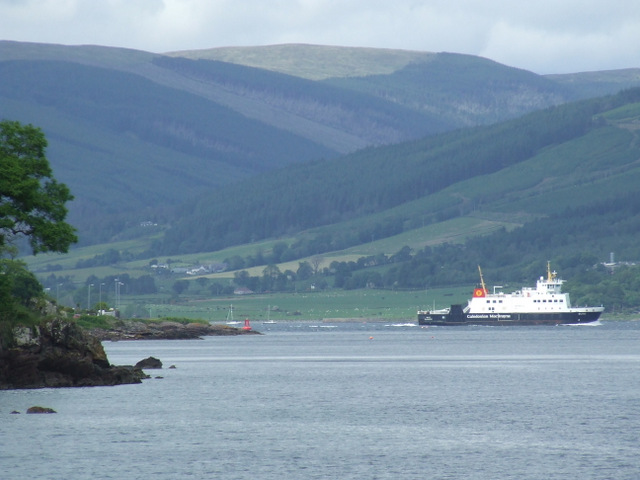 Ferry leaving Rothesay