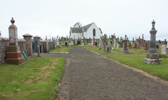 Canisbay Parish Church - old graveyard