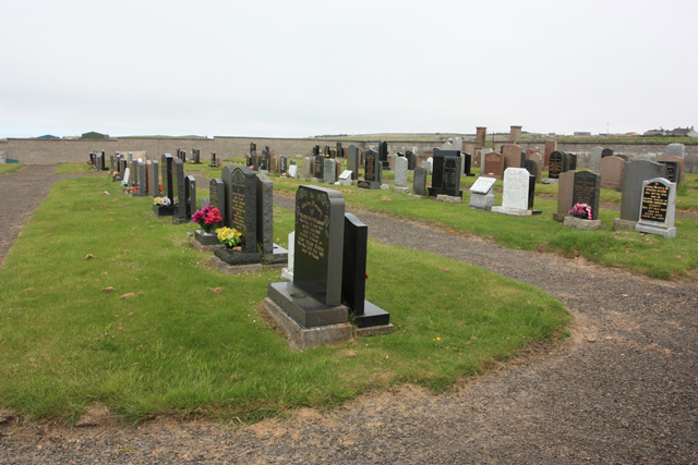 Canisbay Parish Church - new graveyard