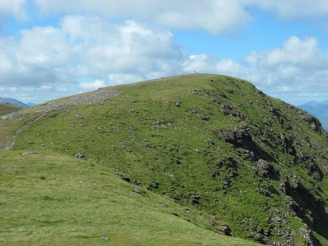 Approaching the summit of Beinn an Dothaidh