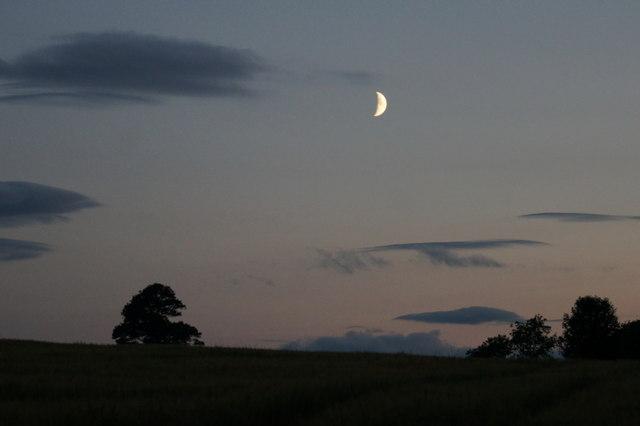 red moon ireland - photo #24