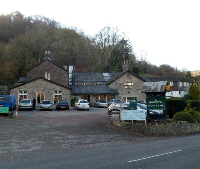Tintern abbey hotel closed