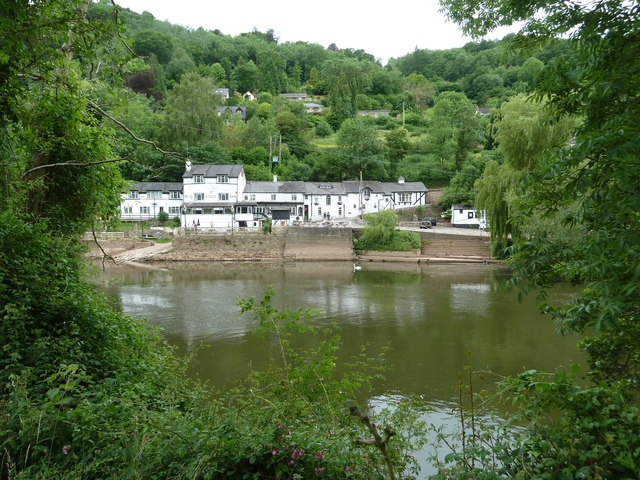 Olde Ferrie Inne at Symonds Yat
