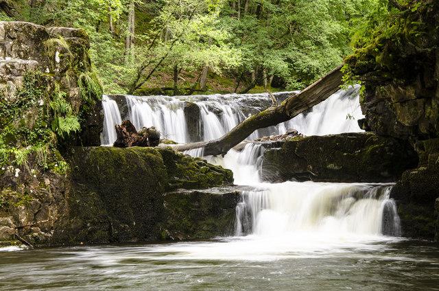 Sgwd Y Bedol (Horseshoe Falls) - Pontneddfechan