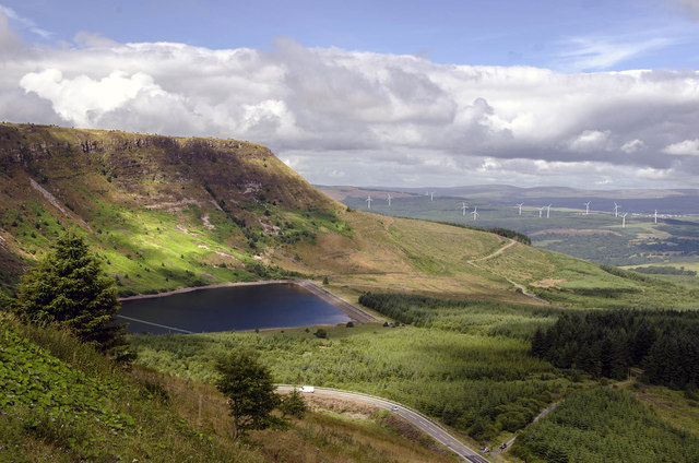 View west at Craig-y-Llyn Viewpoint toward Llyn Fawr
