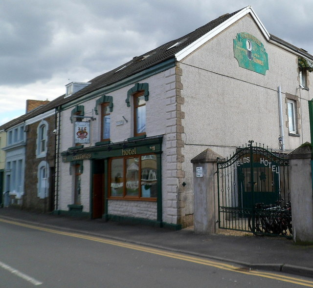 Caulfield S Hotel Burry Port
