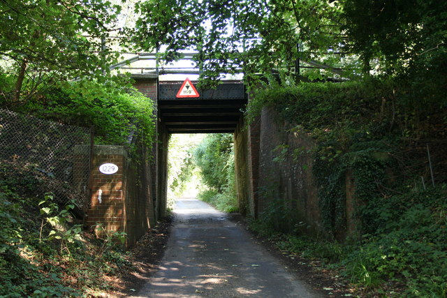 Reigate:  Railway bridge over Clifton's Lane