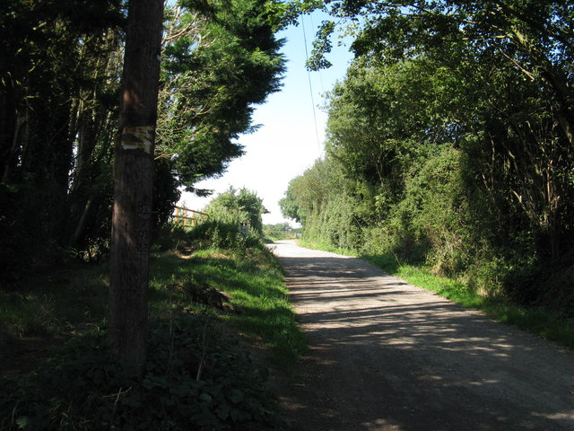 Footpath 147 to Hoe Farm