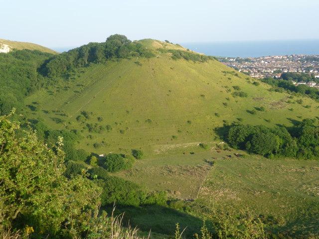 Sugarloaf Hill From Round Hill 169 Marathon Cc By Sa 2 0