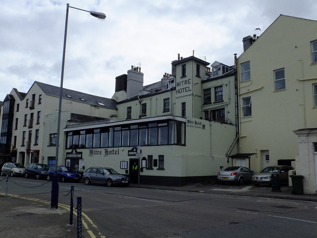 Mitre Hotel Ramsey