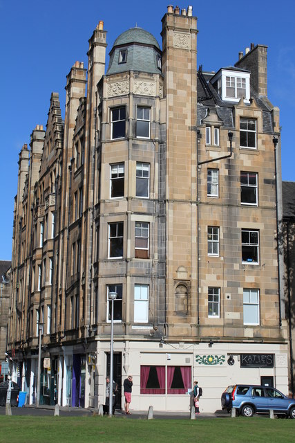 Barclay terrace edinburgh leslie barrie cc by sa 2 0 for 55 buckstone terrace edinburgh