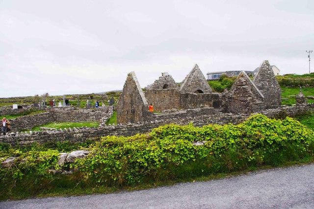 Na Seacht dTeampaill (Seven Churches), near Onaght, Inishmór (Árainn), Aran Islands, Co. Galway