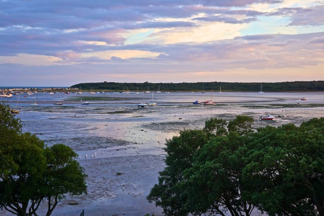 Low Tide, Christchurch Harbour