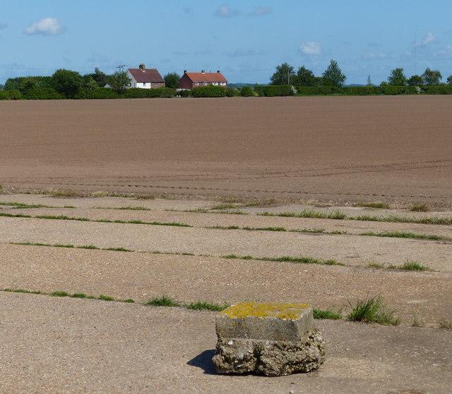 Farmland near Pierrepont Farm