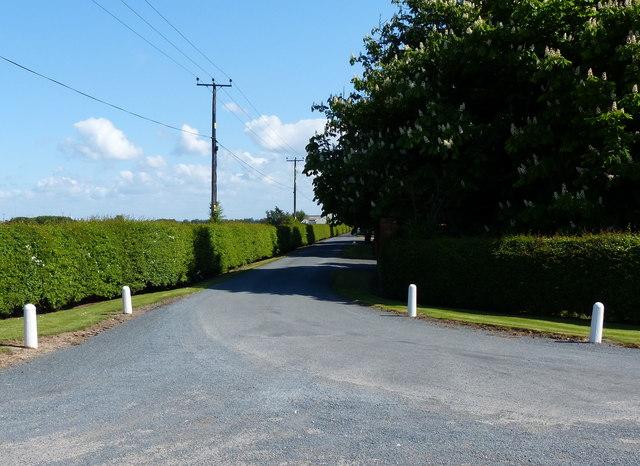 Entrance to Pierrepont Farm