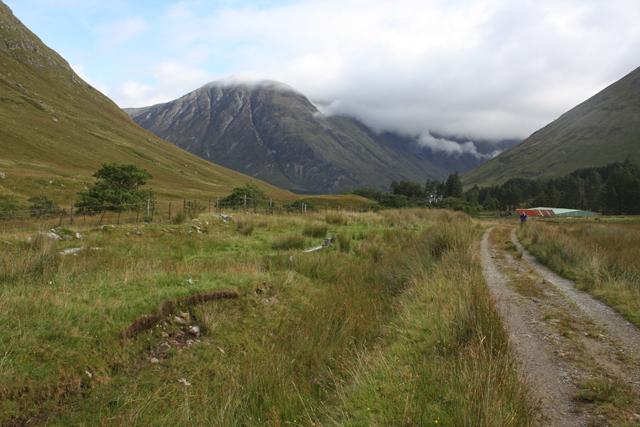 Track in Gleann Leac na Muidhe