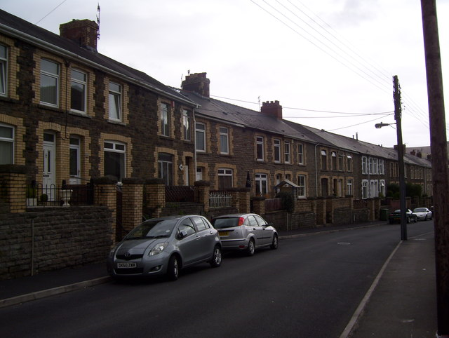 North Road, Risca