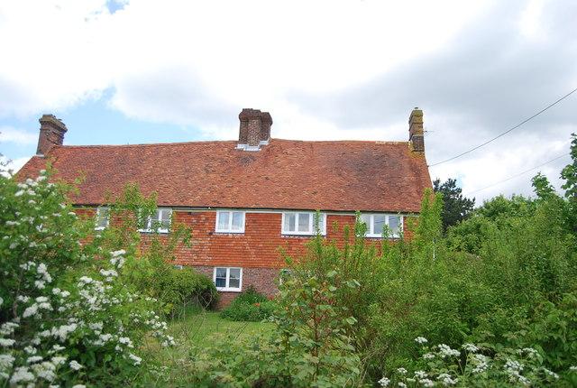 Roadside house near Great Wigsell Farm