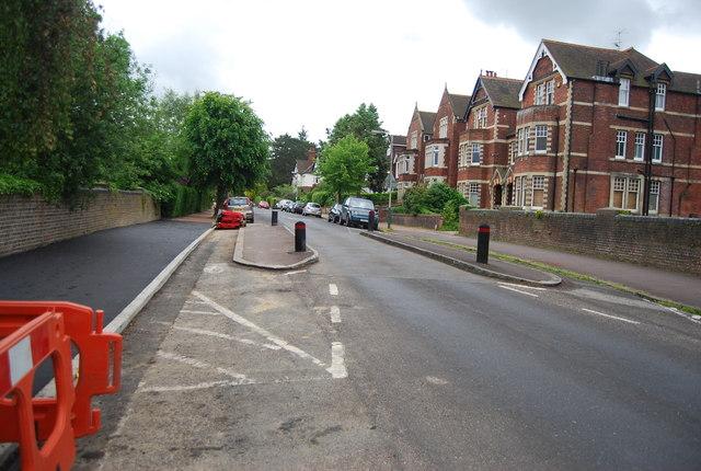 Traffic calming, Warwick Park