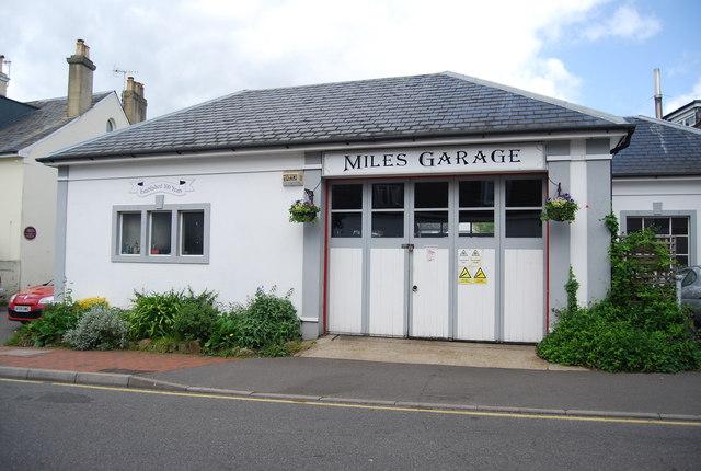Miles Garage, Mount Sion
