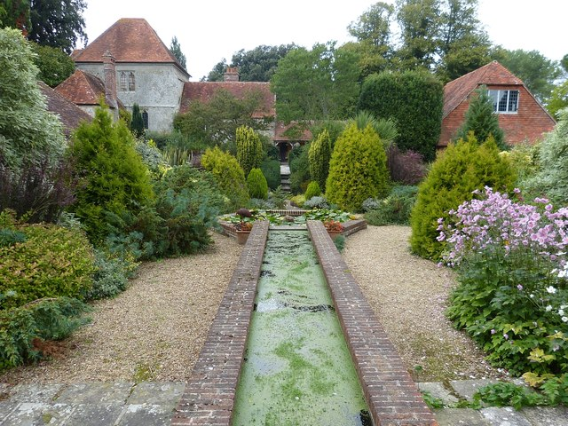 Rymans - Water feature