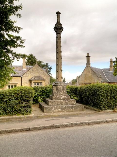 Village Cross, Belton