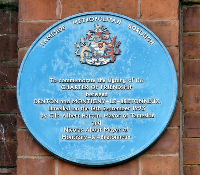 Blue Plaque: Charter of Friendship
