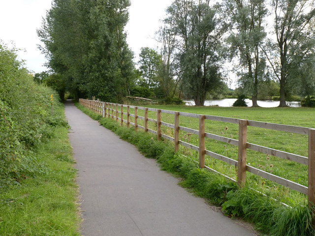 Footpath and cycleway near Cossington