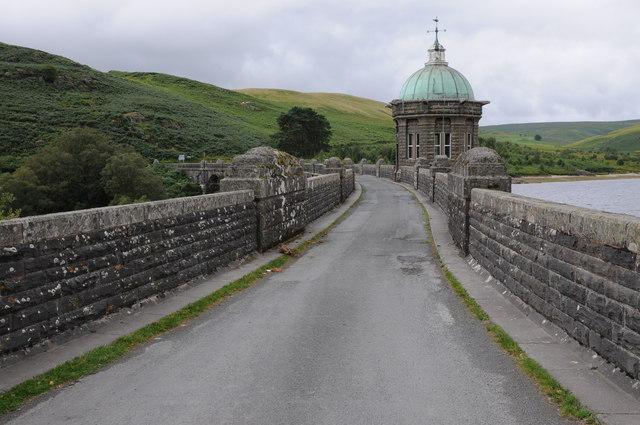 Road on Craig Goch Dam