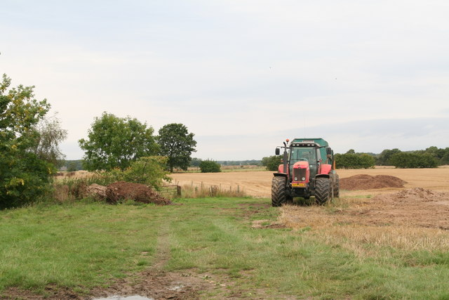 Harvesting by the lane to Ailby Wood Farm