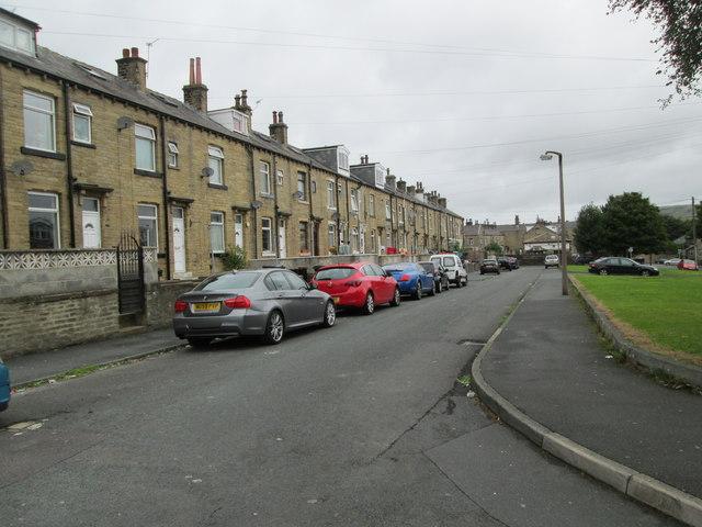 Baines Street - looking towards Pellon Lane