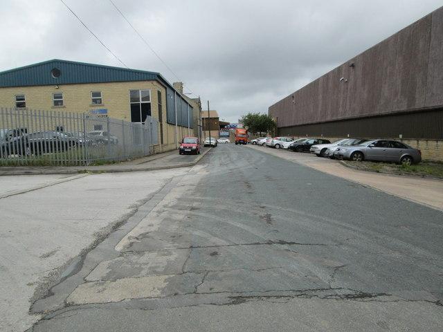 Walnut Street - looking towards Gibbet Street