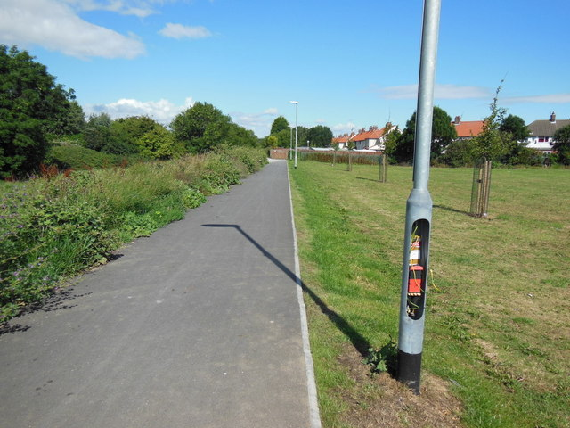 A path leading to Greenwood Avenue, Hull