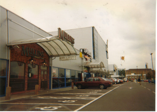 Retail park off the A40, 1996
