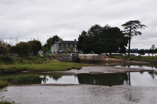 Teignbridge : The Exe Estuary & Turf Lock