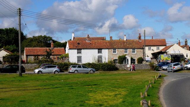 Cottages, Salthouse