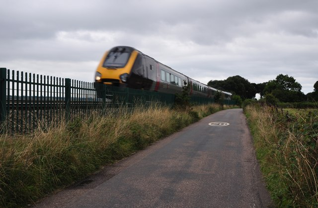 Teignbridge : Small Road & Train