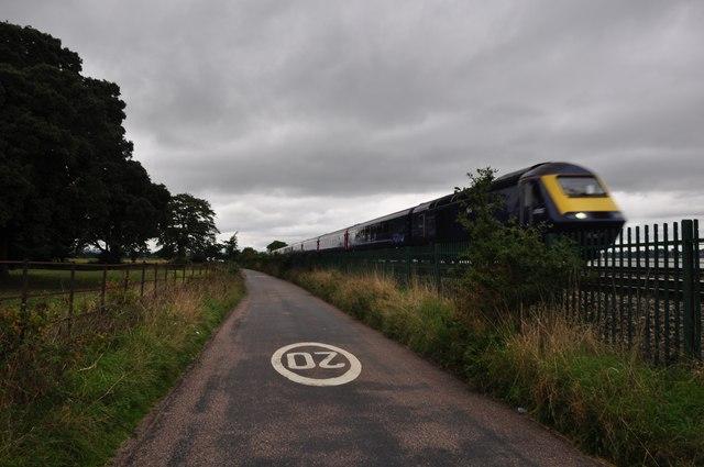 Teignbridge : Small Road & Train