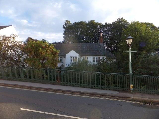 Former farmhouse, St David's, Exeter
