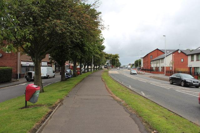 Footpath next to Barrhead Road, Paisley