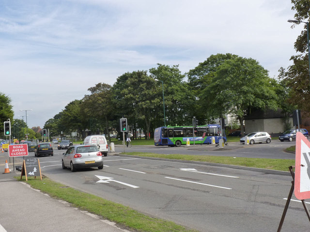 Diverted bus at Wilford Green